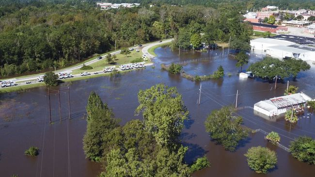 Duke Energy sets company record pace -- restoring nearly 1.4 million customers following Hurricane Matthew devastation, destruction in Carolinas