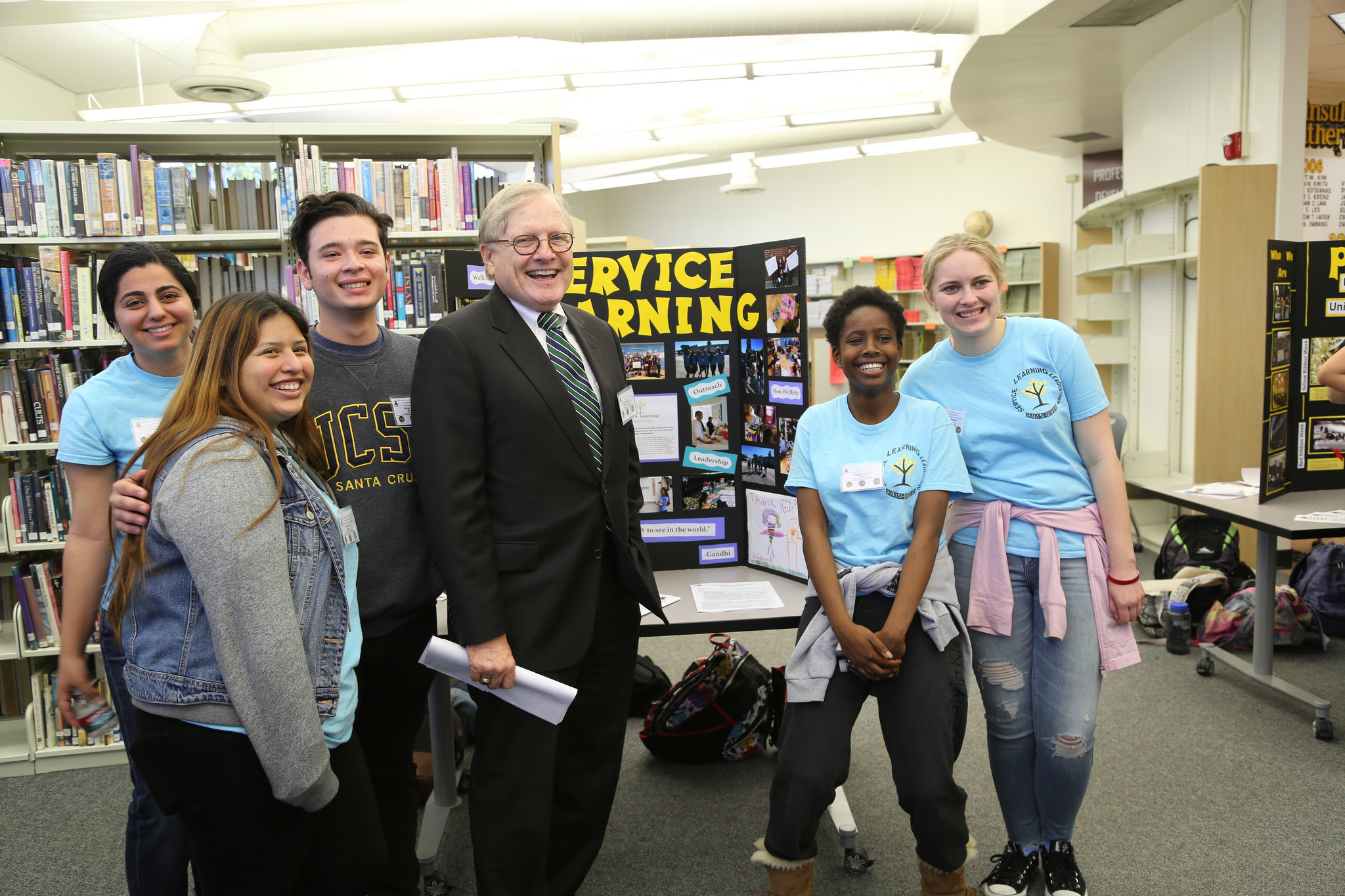2016 Civic Learning Award of Distinction: Palos Verdes Peninsula High School
