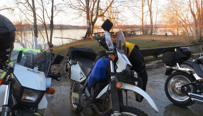 MotorcyclesRiver_IMG_2904