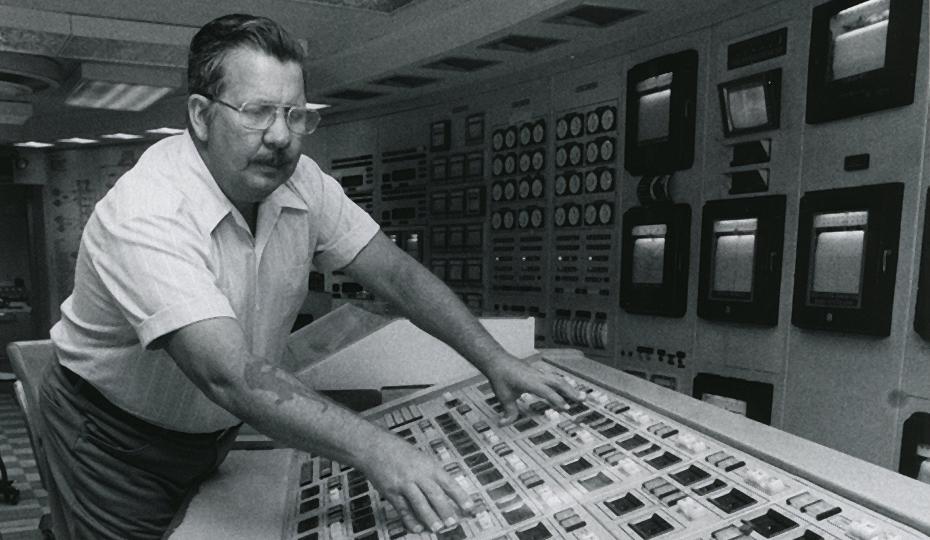 Man at controls BW 0516