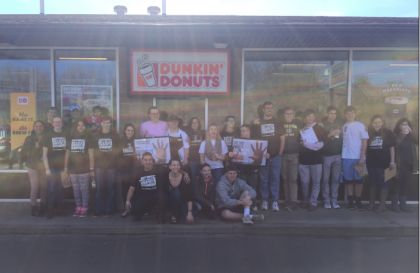 "Connecticut Dunkin' Donuts Franchisees Help ""Spread the Word to End the Word"" in Celebration of Employee Anders Carlson"