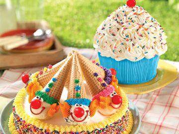 Too_Cute_Cupcake_Cake_and_Clown_Cake