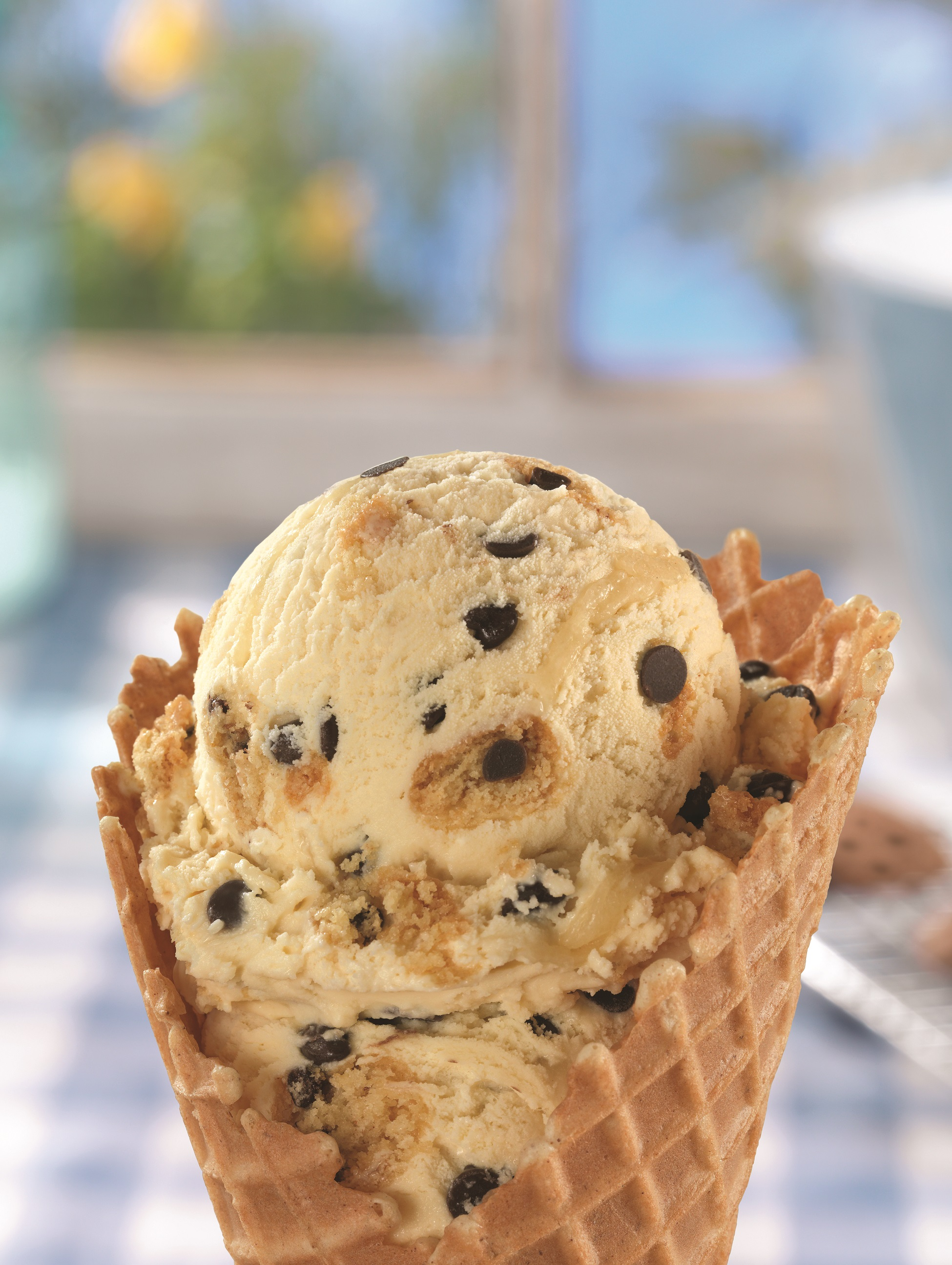 New baskin robbins survey highlights the different ways moms and baskin robbins moms makin cookies ccuart Images
