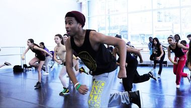 Ailey Extension Instructor Keith Alexander teaching hip-hop. Photo by Ruben Roncallo.
