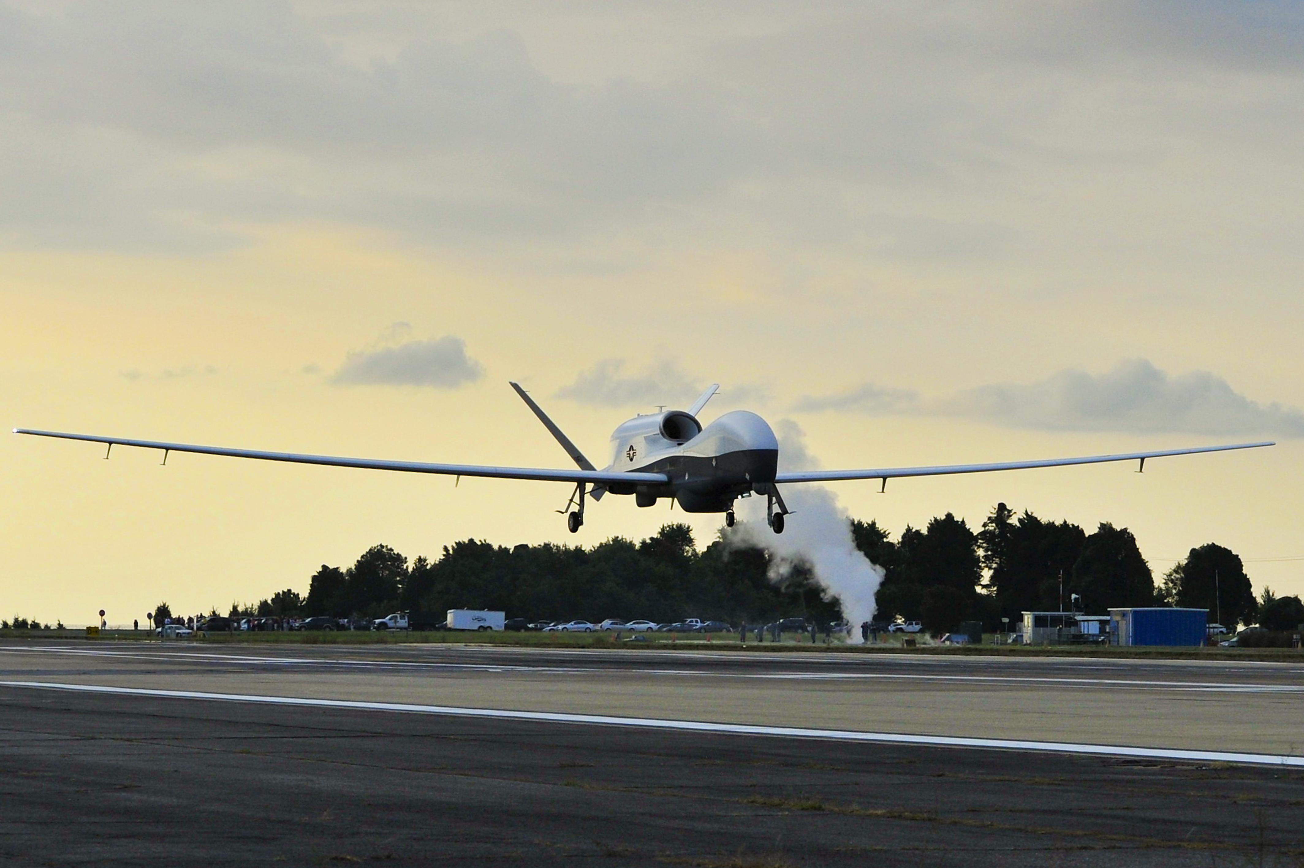 Mq 4c Triton Uas Completes Operational Assessment