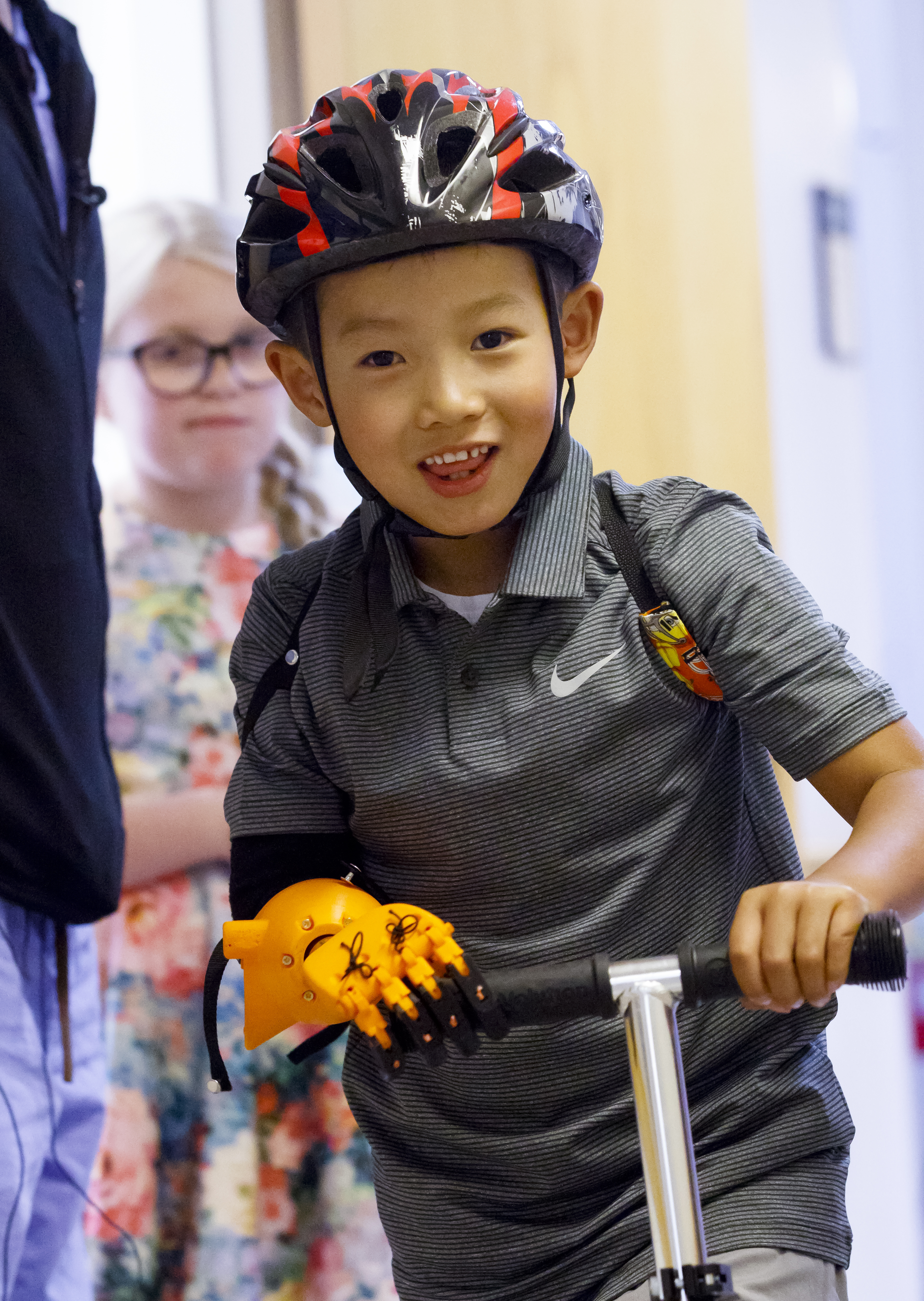 Offering A Helping Hand Ohsu News Some Boy Scooter Wire Diagram Jude Rochon Of Astoria 6 Uses His New 3d Prosthetic To Balance Himself On June 22 2017 At The Assistive Device Was Created By