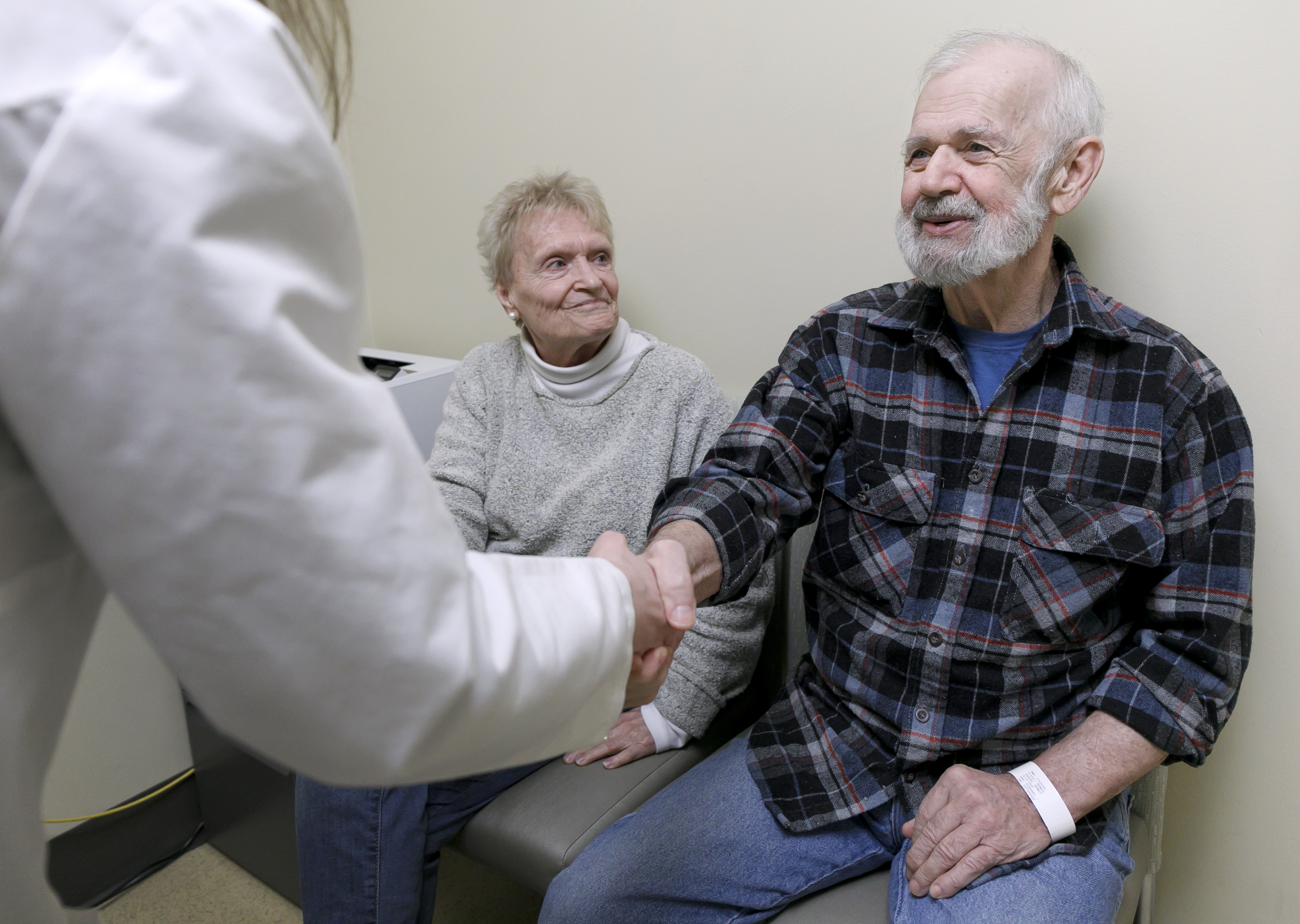 Are Doctors Office Open Day After Christmas 2020 Oregonian gets life saving heart valve repair without open heart