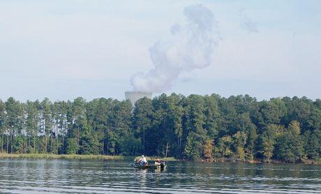 resized Harris Lake fishing