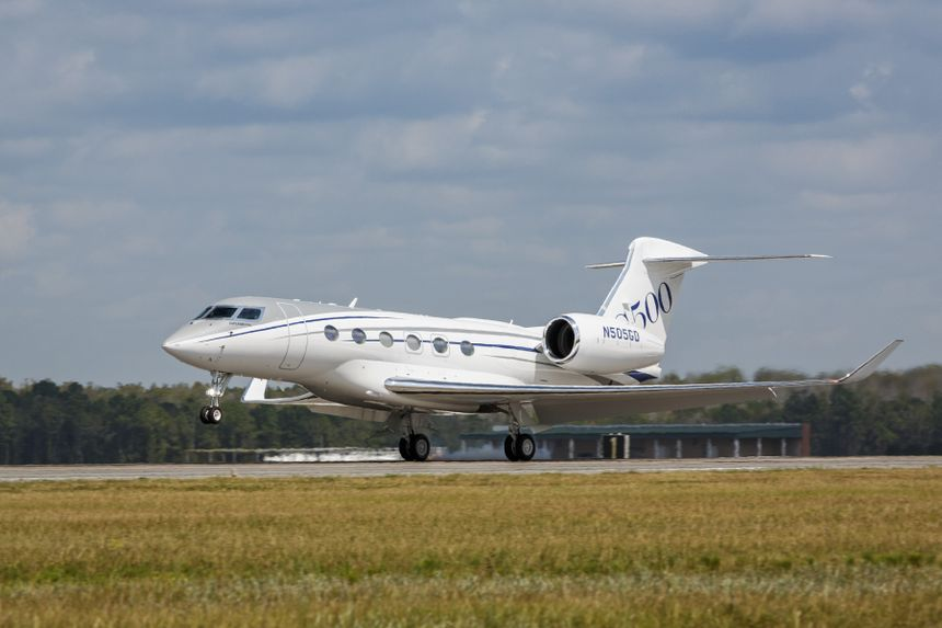 Gulfstream G500 Production Test Aircraft Makes First Flight