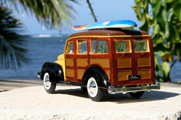 Woody surfboard