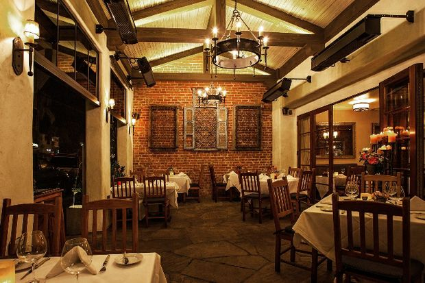 Bouchon_Gallery_dining_ext2_300dpi