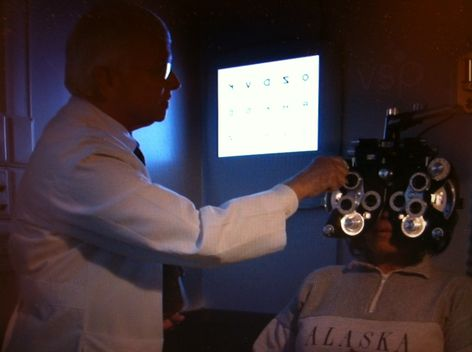 VSP optometrist Thomas Malone, OD, examines a Mississippi resident in need