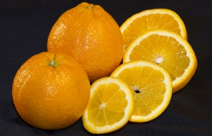 Oranges - whole with slices