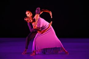 Nathaniel Hunt and Annellyse Munroe in Robert Battle's We