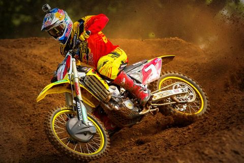 James Stewart, wearing the Bell Moto-9 Carbon