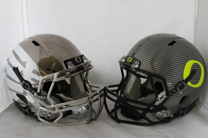 Riddell Speed Helmets with HydroFX Graphics